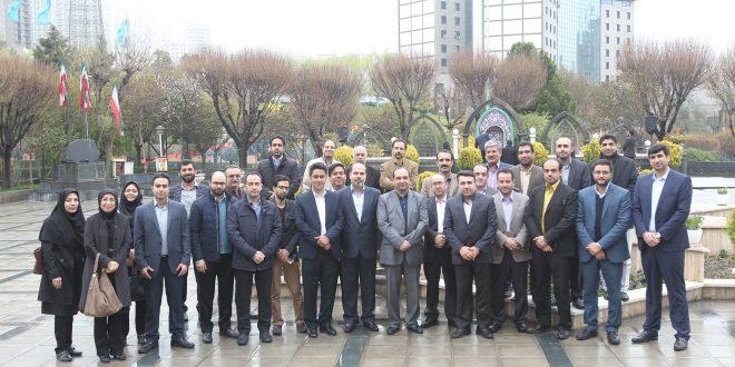 ۱۶ فروردین ۹۶ با همکاران روزنامه جام جم در مسجد بلال صدا و سیما